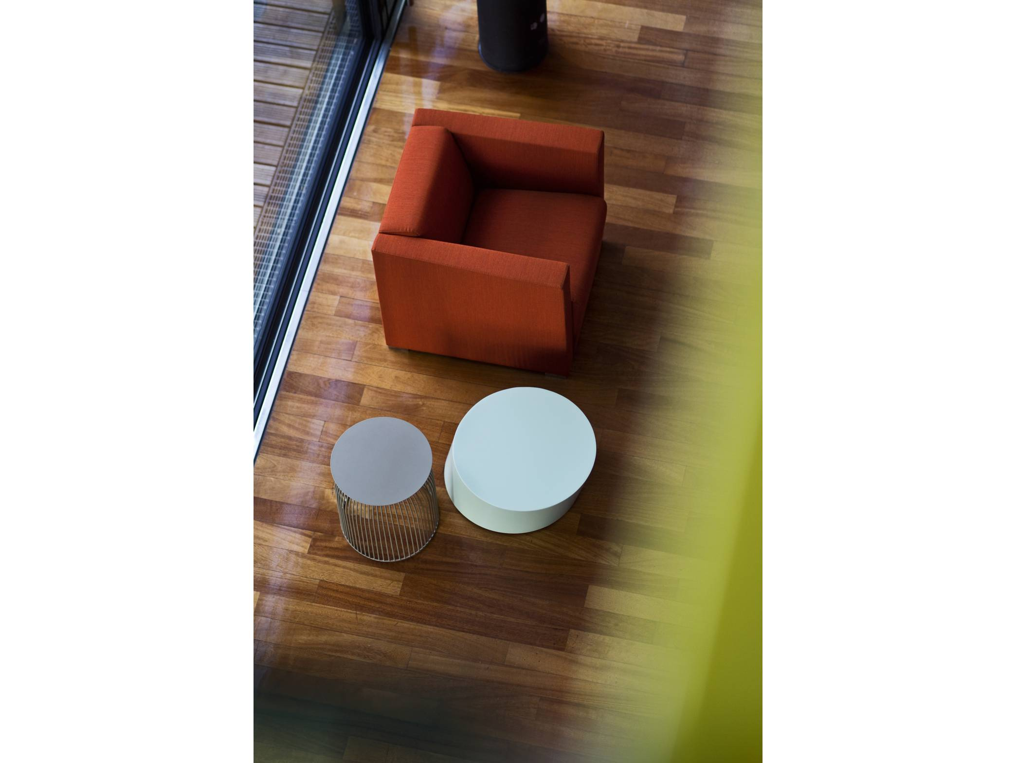cubus-small-armchair-gallery-2